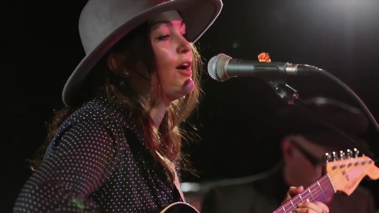 Angie and the Deserters – Country Radio – Indie Music Reviews